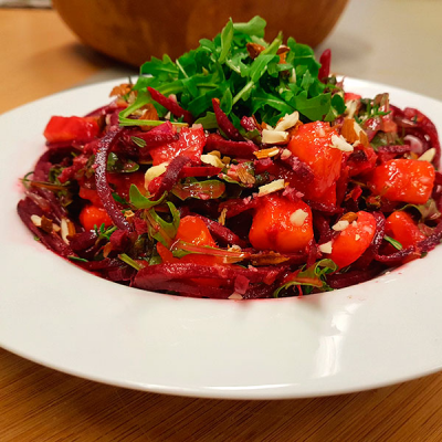 Creamy Fruity Beetroot Spaghetti