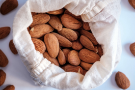 Almonds - healthy nuts and so versatile