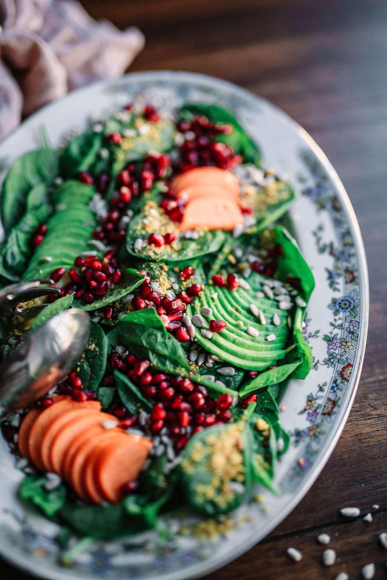 http://contao.lifefood.eu/tl_files/data/en/Blog/2018/Raw food in winter | part II/Raw food in winter 2.jpg