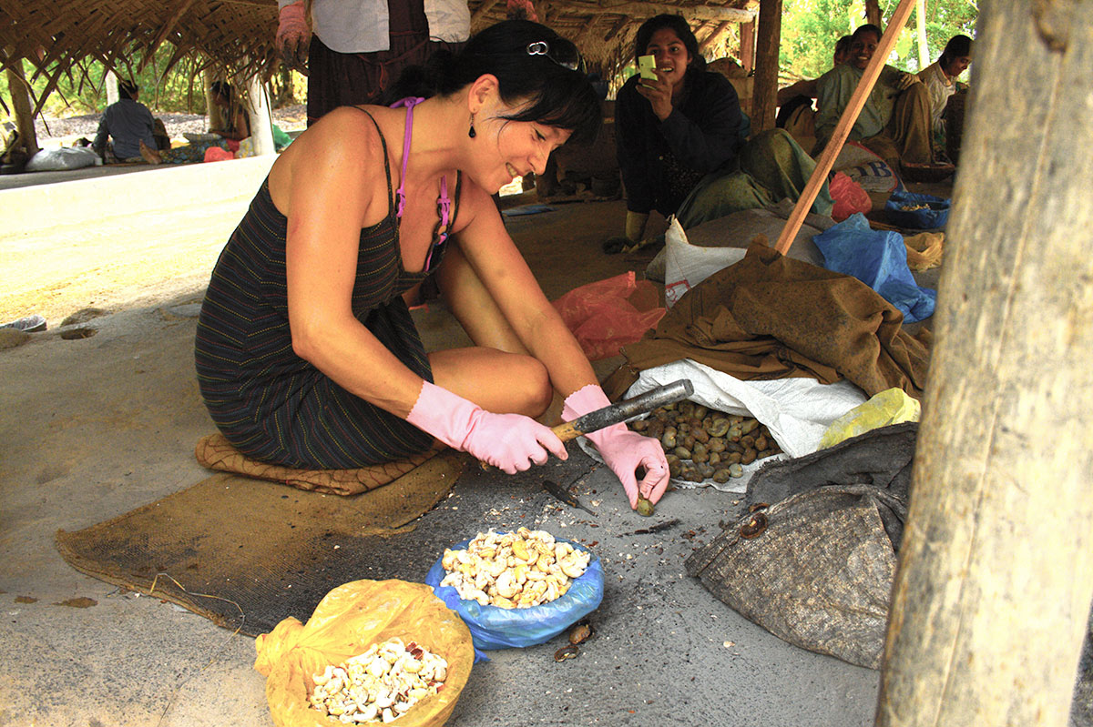 Tereza Havrlandova working on the cashew farm